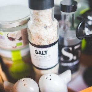 Соль — враг фигуры? Худеем на бессолевой диете