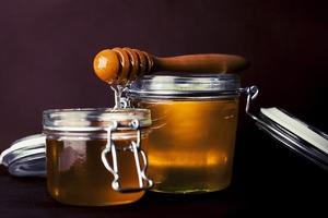 Медовые обертывания Клеопатры для бархатной и упругой кожи