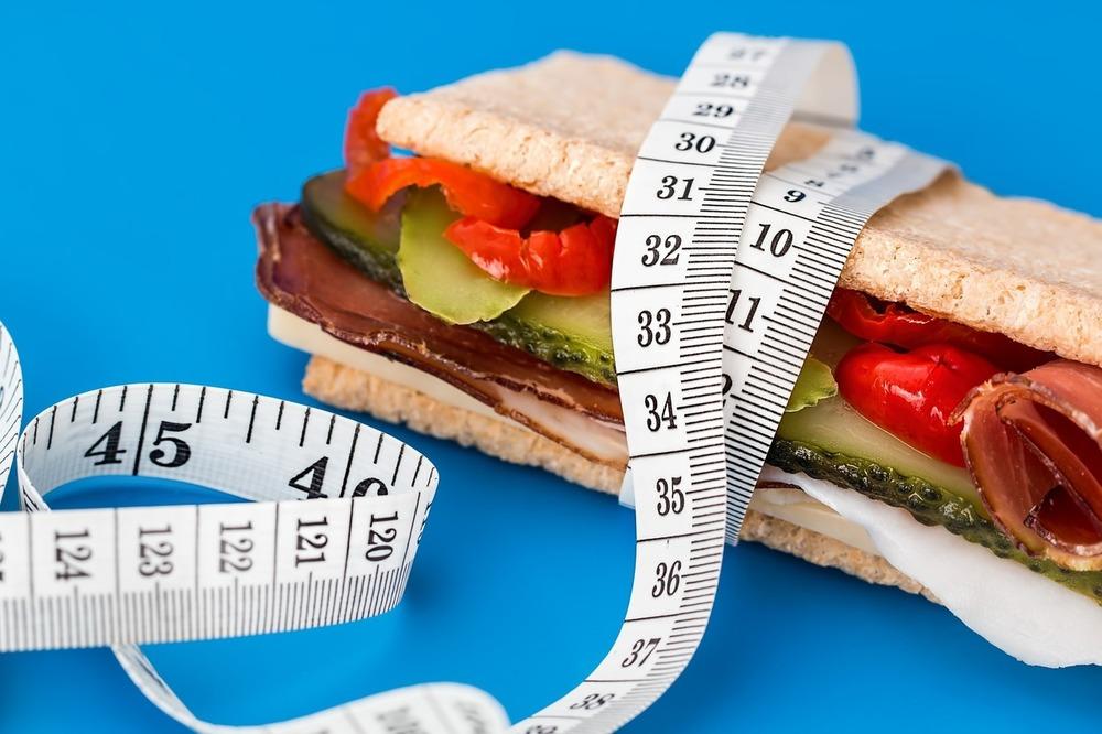 Суточная норма калорий Сколько должен есть человек