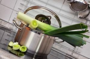 Диета на жиросжигающем супе из сельдерея