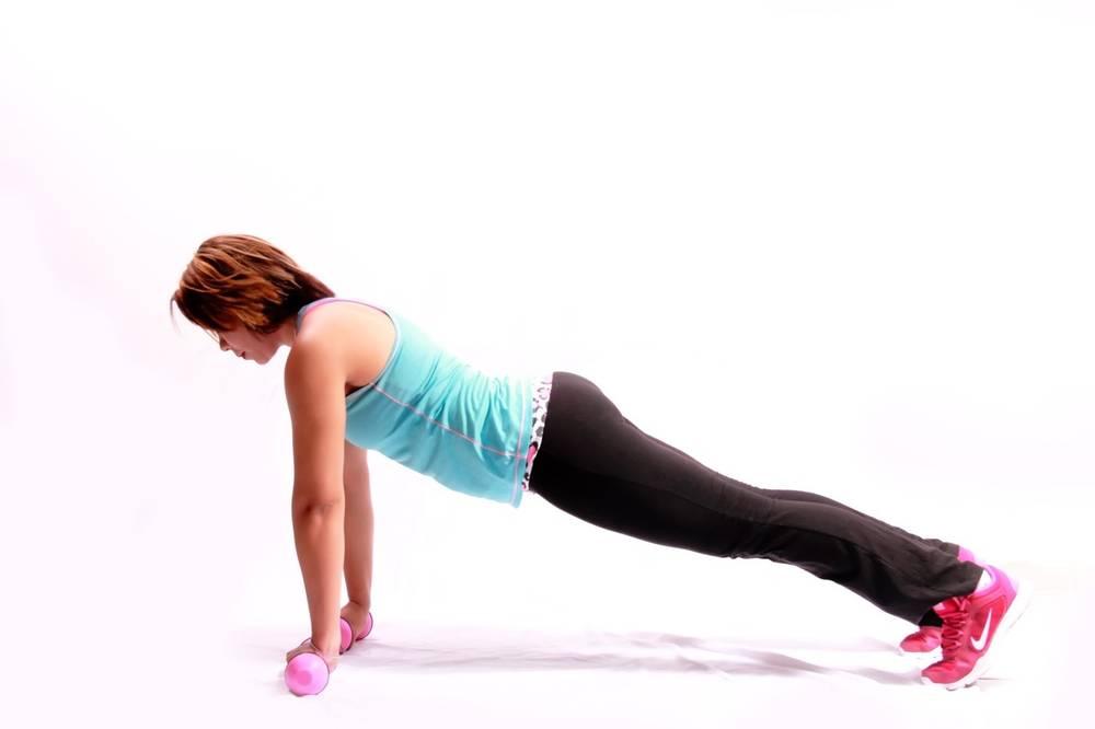 Выполняем упражнения для похудения рук
